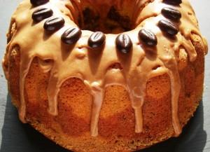 Marmorkuchen mit Zimtglasur
