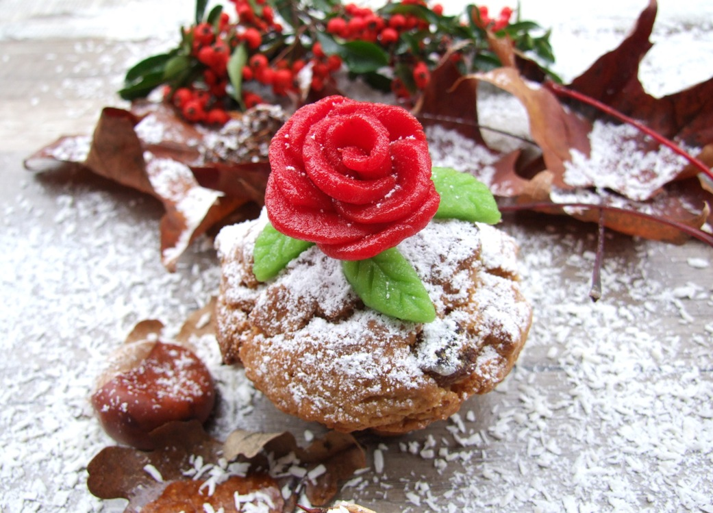 Quarkstollen mit Rose