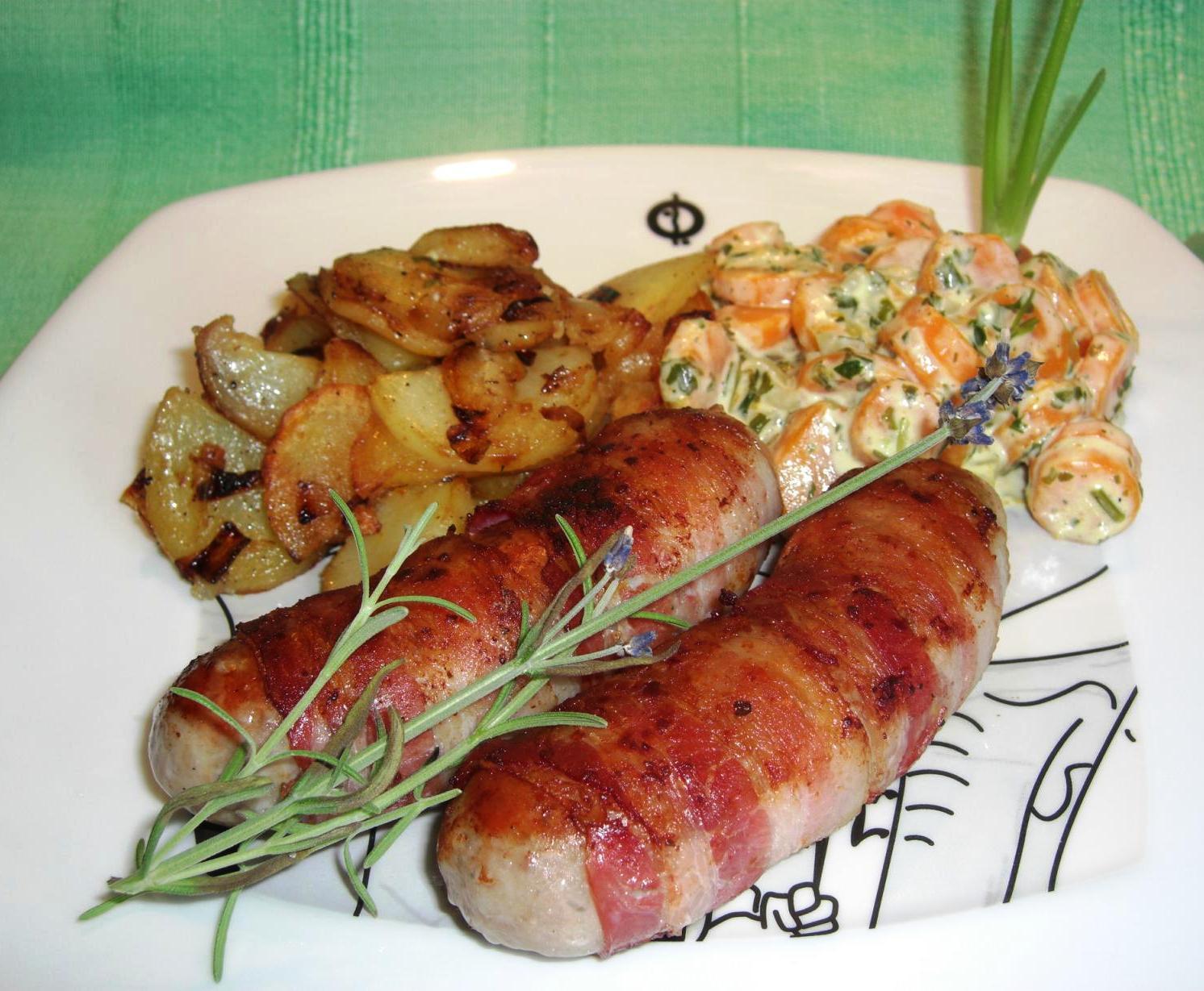 Rezept Berner Würstel mit Kräutermöhrchen und BratkartoffelnBIG